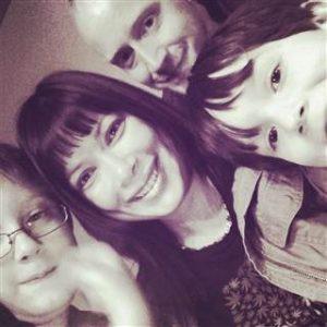 rodzice-stosujacy-marihuane-dzieci