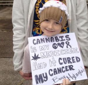 Najmłodszej pacjentce poddanej terapii medycznej marihuanie w Oregonie udaje się zwalczyć raka, thc thc.info