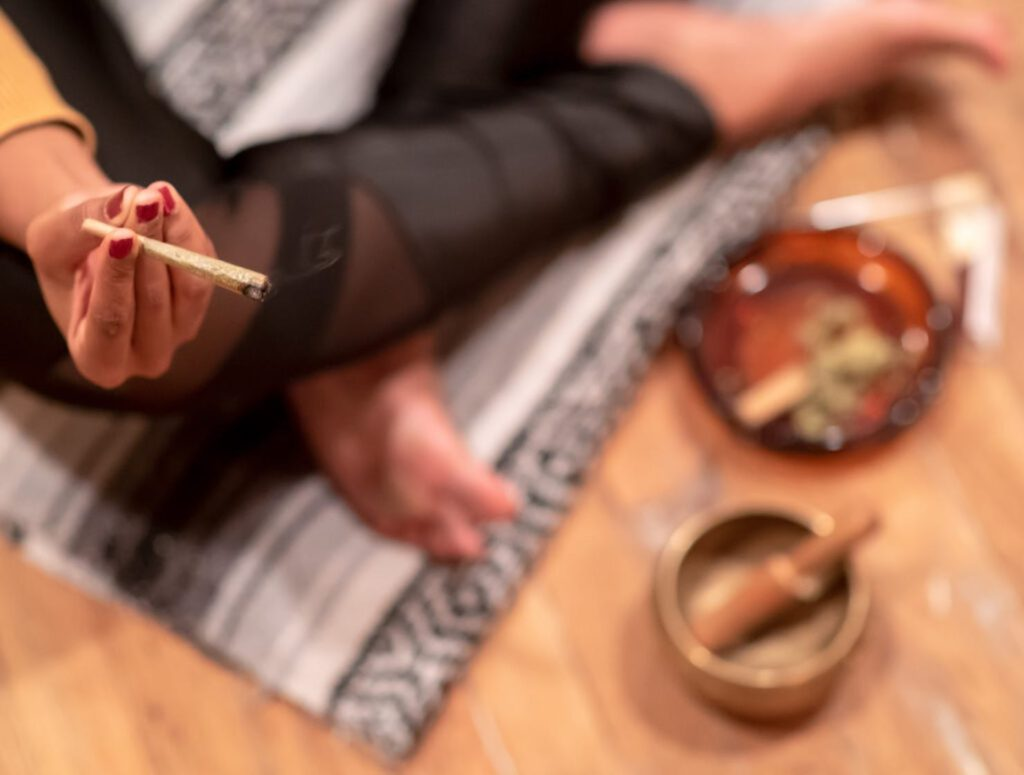 Konsumpcja Cannabis: Palenie Marihuany, thc thc.info
